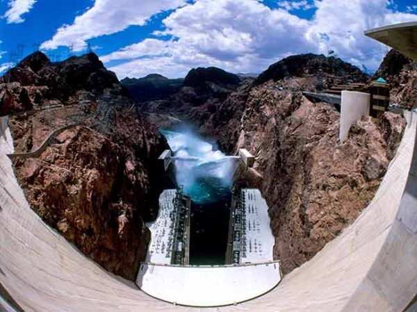 Hoover Dam Mini Tour allows time to view from the top the Hoover Dam